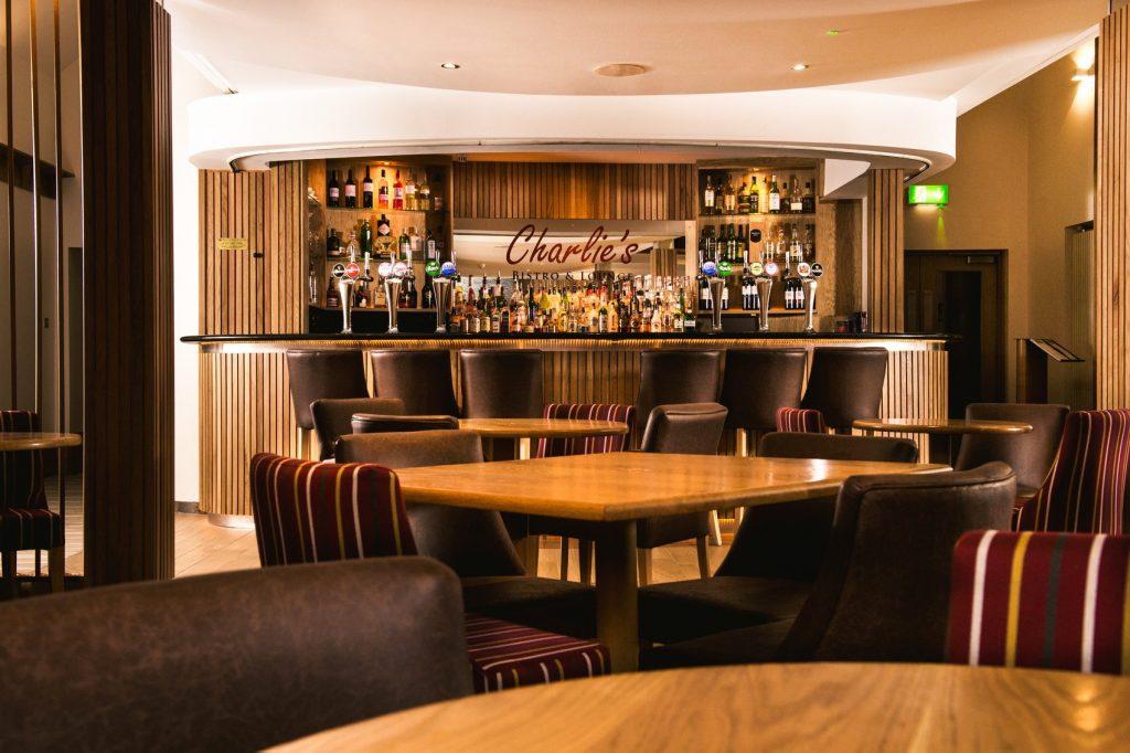 La Mon Hotel Charle's Bar